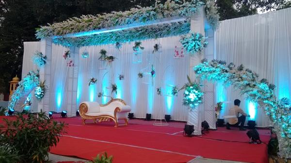Love Birds Themed Wedding Reception Peppermint Events Entertainment